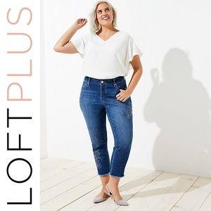 Loft Plus Floral Embroidered Boyfriend Jeans 20/22